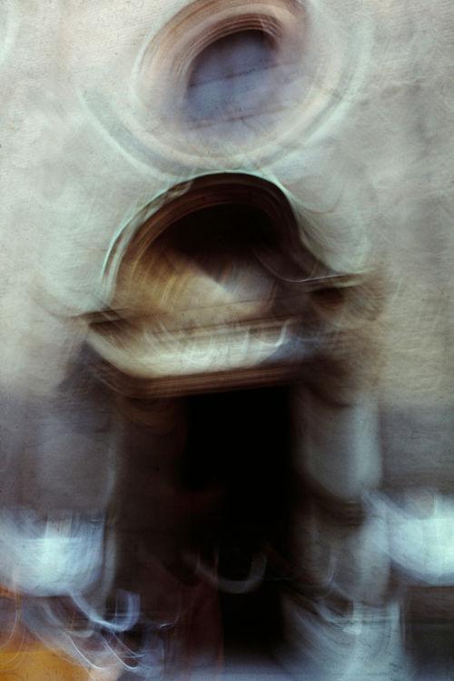 Giacomo Bucci - Il portale di Santa Maria delle Grazie - Milano 1970