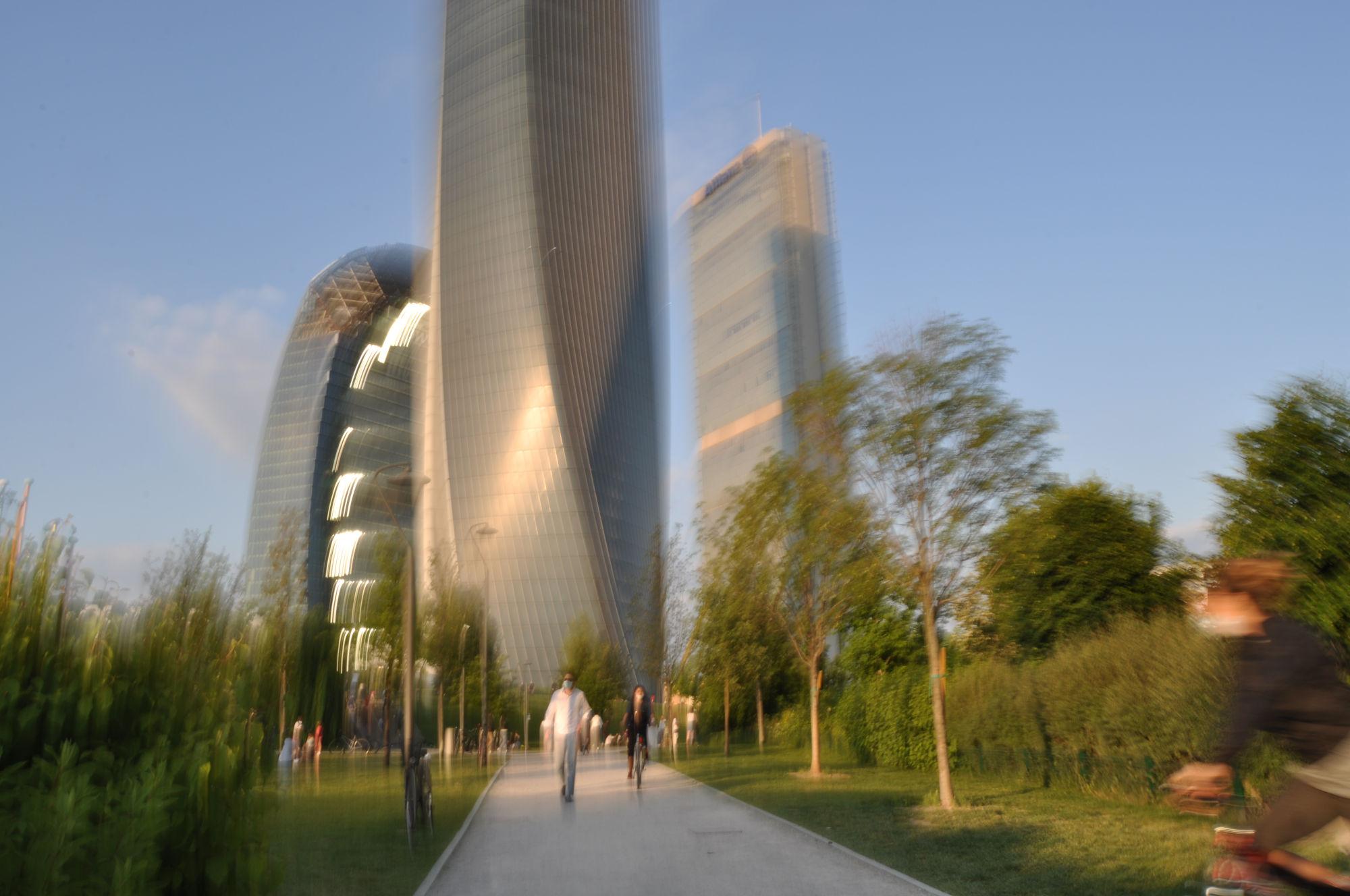 foto mossa milano city life tre torri 2020 0077b